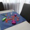 Podkłady na stół i podłogę dla dzieci do malowania i zabaw sensorycznych.